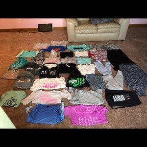 33 piece clothing lot